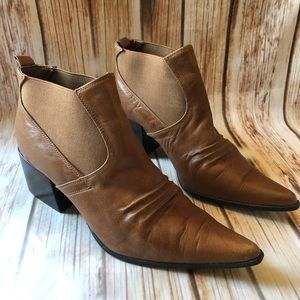 Colin Stuart Western Style Pointed Toe Booties